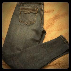 WHBM Girlfriend skinny jeans